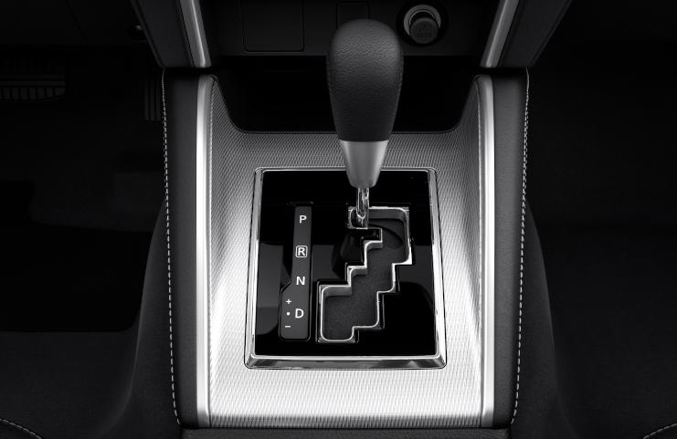 6 fokozatú automata sebességváltó sport üzemmóddal
