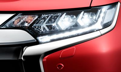 LED fényszóró